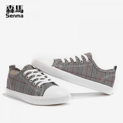 森马女布鞋休闲鞋新款夏季透气平底韩版百搭学生板鞋子帆布鞋 格子红 35